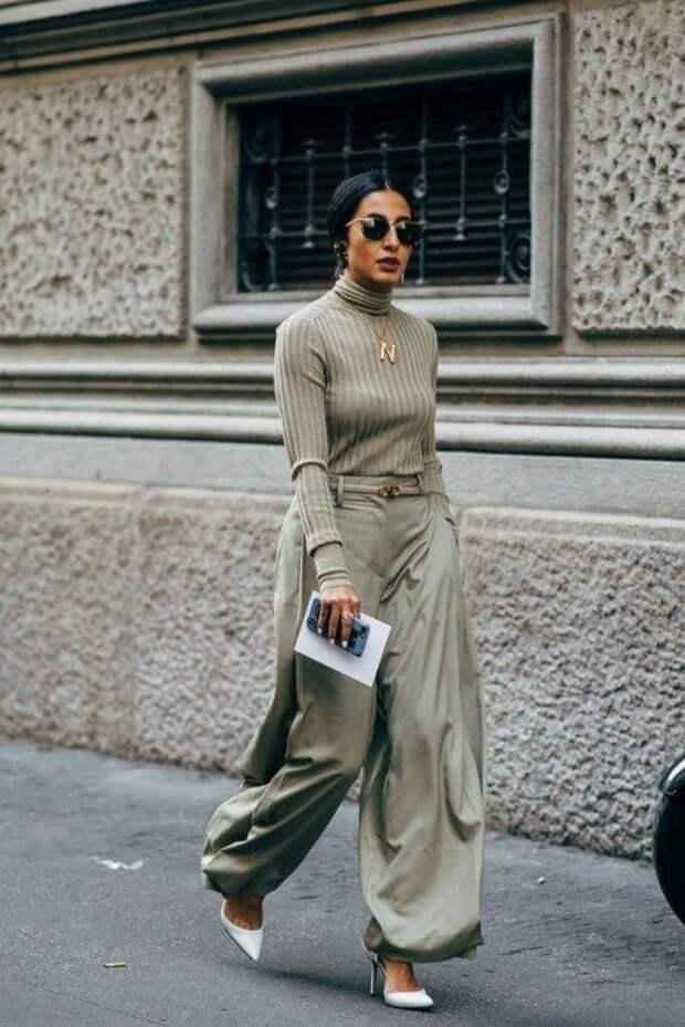 На замену джинсам: брюки, которые будут в моде весной и летом 2021