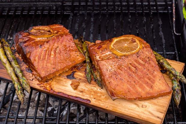 Рецепт дня: филе лосося с апельсиновым соусом