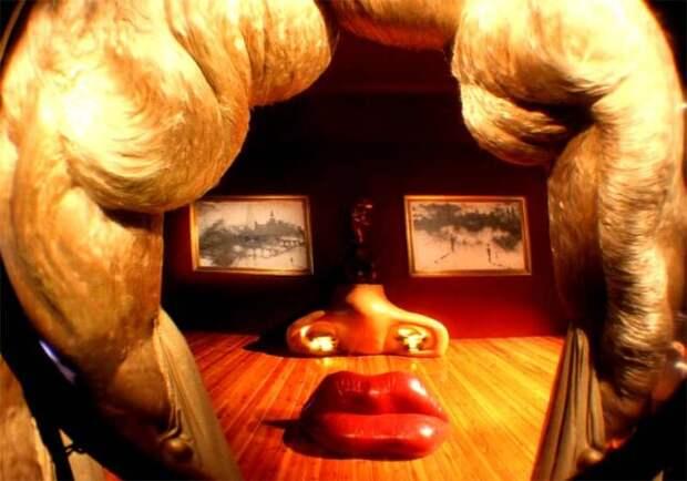 ТОП-7 виртуальных экскурсий по самым известным музеям мира