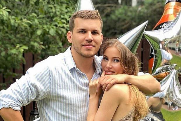 Вдень похорон Скобцевой всемье Бондарчука состоялась свадьба