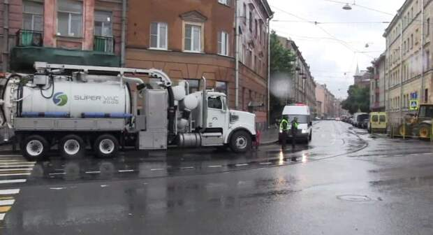 В МЧС назвали примерные сроки по восстановлению подачи воды в дома под Смоленском