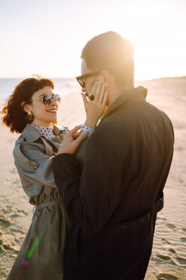 Смотрите в глаза и превращайте все в игру: упражнения для пар, которые ссорятся слишком часто