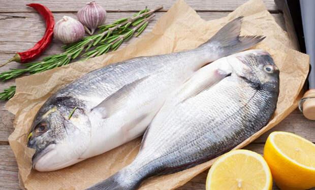 Чистим любую рыбу как на Севере: чешуя не разлетается