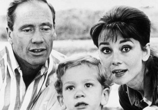 Одри Хепберн, Мела Феррер и их сын Шон.