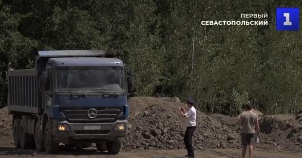 В отеле Сбербанка отрицают незаконный вывоз мусора в Севастополь