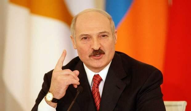 """Церемонию инаугурации Лукашенко сравнили с """"коронацией вора в законе"""""""