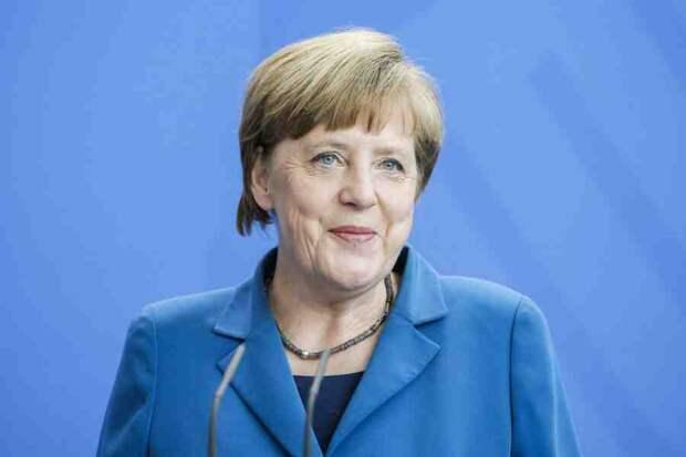 """Меркель сообщила, что обсудила с Байденом будущую встречу с Путиным и """"СП–2"""""""
