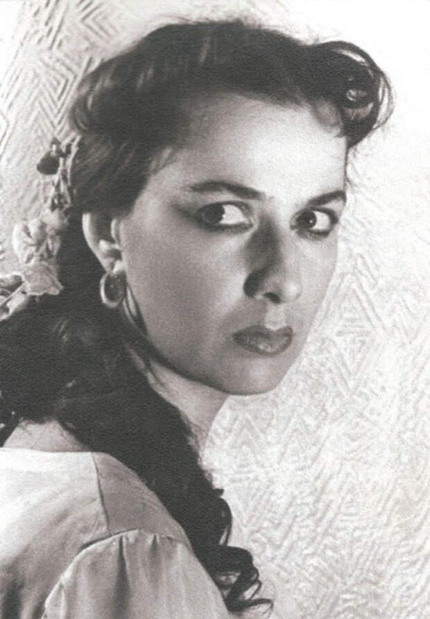 Тамилла Агамирова в роли Нонки, «Горячая кровь».\ Фото: цыганероссии.рф