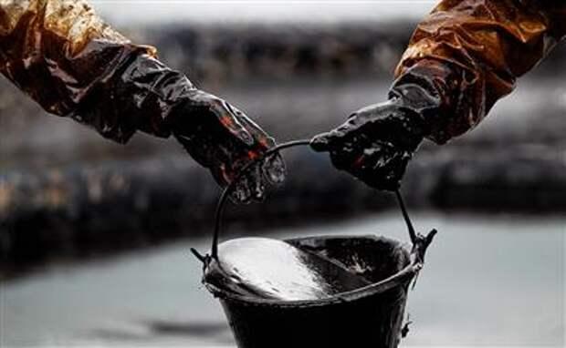 МЭА улучшило прогноз по спросу на нефть в мире в 2021 году, ожидает роста на 5,7 млн баррелей в сутки
