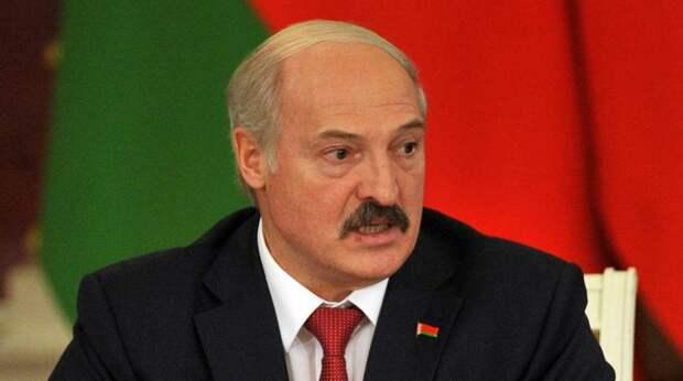 Лукашенко объяснил смысл принятого декрета после попытки покушения на его жизнь