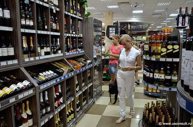 В России хотят закрыть алкогольные магазины