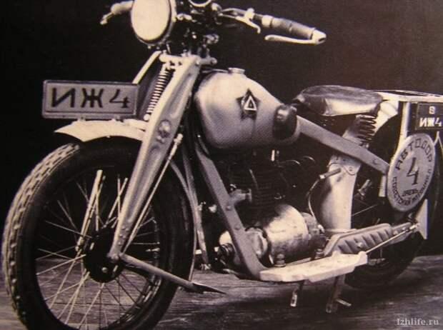 Петр Владимирович Можаров, основатель советского мотоциклостроения.