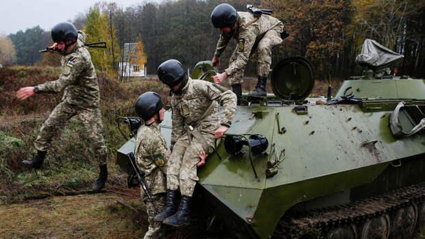 """На Украине пожаловались на """"микроскопический"""" рост боевого потенциала"""