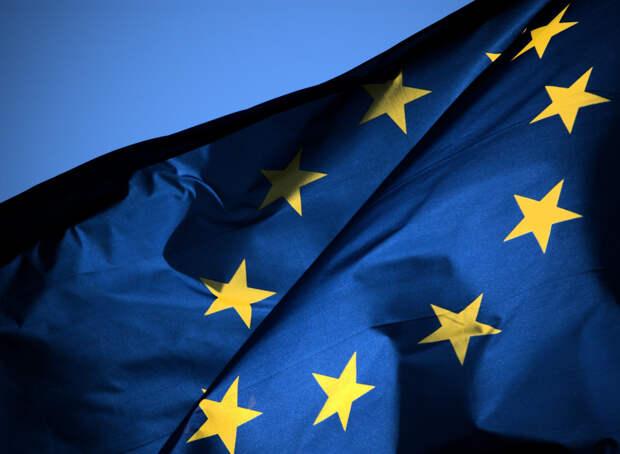 Евросоюз избавляется от обузы: Юнкер хочет вышвырнуть Грецию из ЕС
