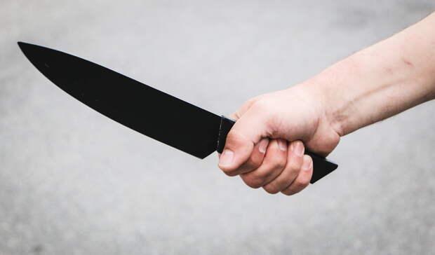 Житель Богандинского угрожал ножом незнакомцу из-за сигареты