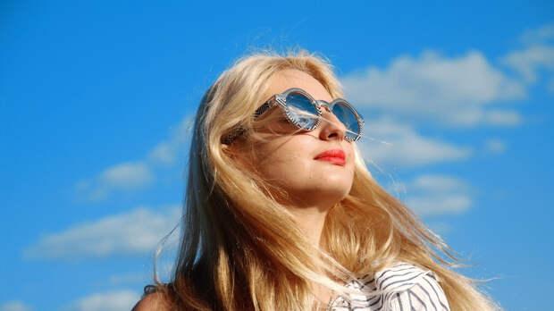 Дерматолог рассказала о нюансах выбора правильного солнцезащитного крема
