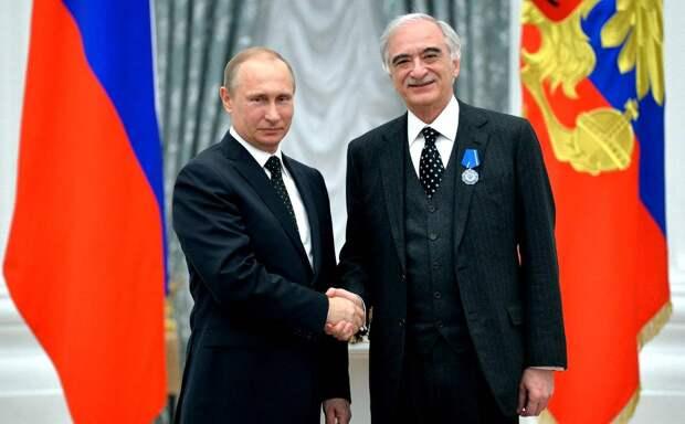Почему азербайджанский посол сказал про гибель российского Ми-24 больше, чем должен