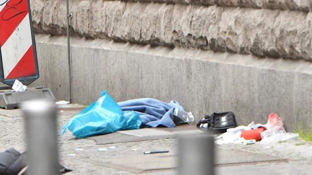 Иностранцы ничего не бояться: кровавая драка на ножах перед полицейским участком в Берлине