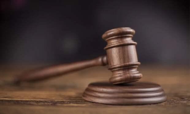 ВАрхангельске будут судить двоих местных жителей, ограбивших мужчину вподъезде