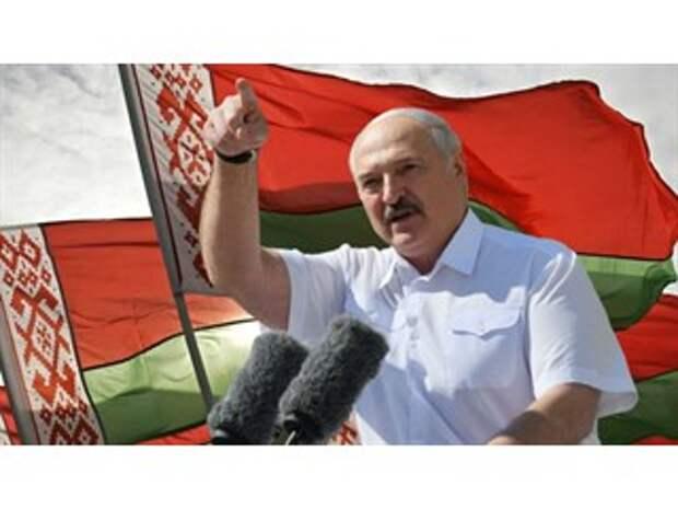 """Лукашенко развернул против Польши и Литвы их же """"главное оружие"""""""