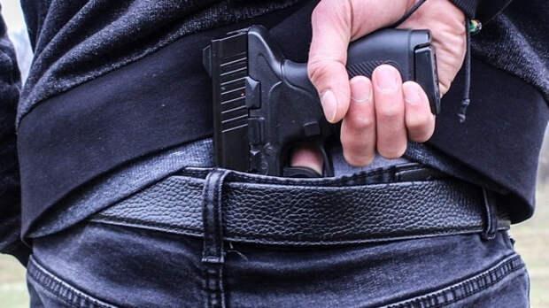 Житель Волгограда обстрелял маршрутку из пневматического пистолета