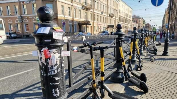 Кикшеринговые сервисы в Петербурге возобновили работу после короткого перерыва