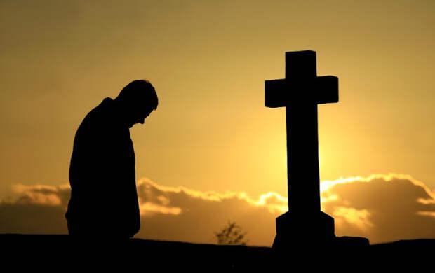 Что можно и нельзя делать в течение года после смерти близкого человека