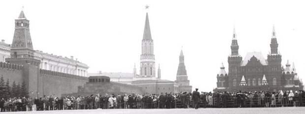 """Первый """"Русский марш"""" в СССР, 12 ноября 1989 года."""