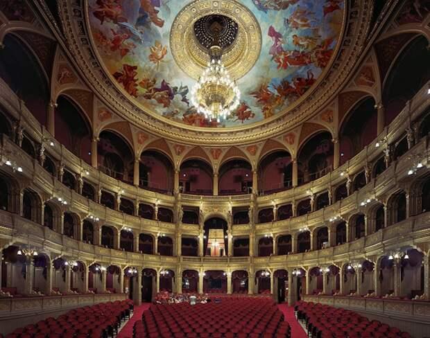 opera_theatre03.jpg