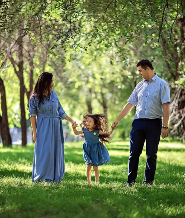 семья с ребёнком