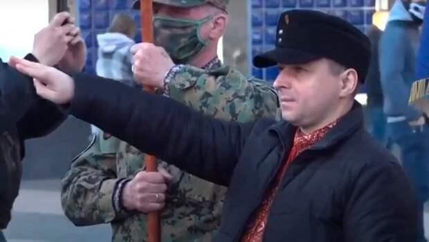 От «реконструкции» СС до факельных шествий: как на Украине реабилитируют нацизм