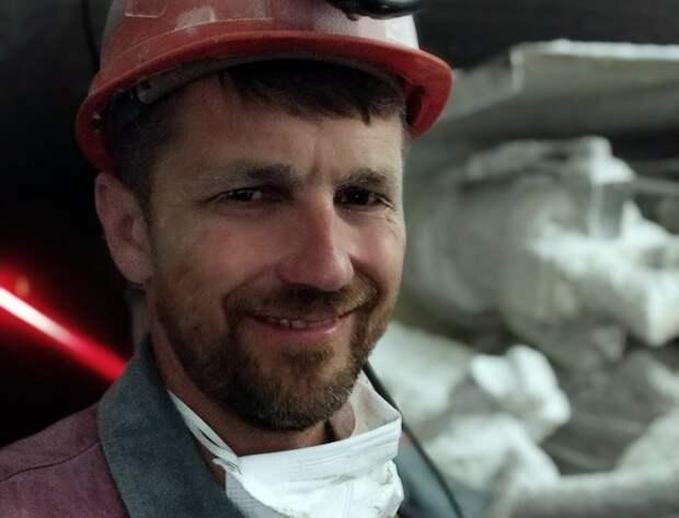 Белорусский шахтер отказался подниматься из шахты до отставки Лукашенко