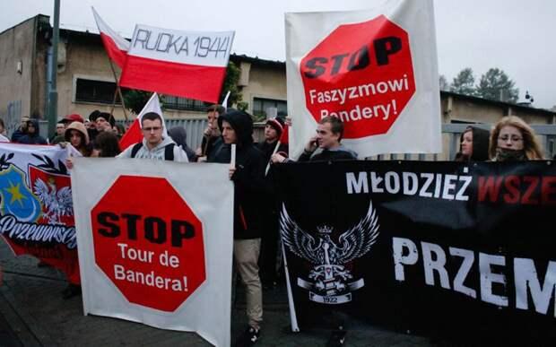 Ненависть к укробандерам: Ищенко рассказал о «нациках» в Польше