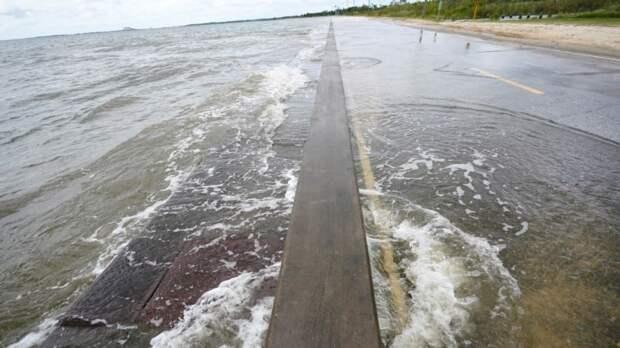Ураган «Салли» обрушится на побережье США во вторник или в среду