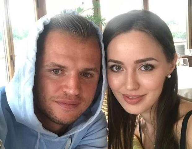 """""""Дом мой"""": Жена Дмитрия Тарасова рассказала о подарке мужа"""