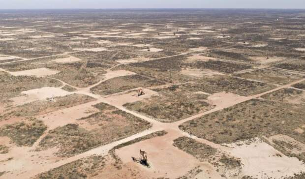 40-летний рекорд поставило падение добычи нефти вСША