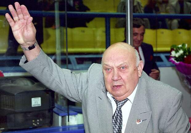 Оглушительный скандал с советским судьей на чемпионате мира. Он напился водки, заснул во время матча и проспал гол