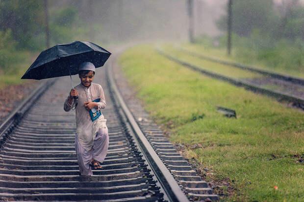 Пакистан: счастье под дождем