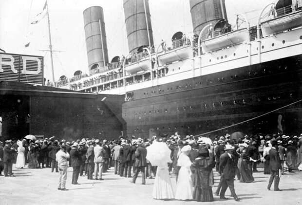 Отправление «Титаника» в первый и последний рейс