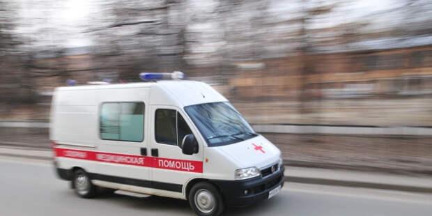 Грузовик врезался в колонну автобусов: есть пострадавшие