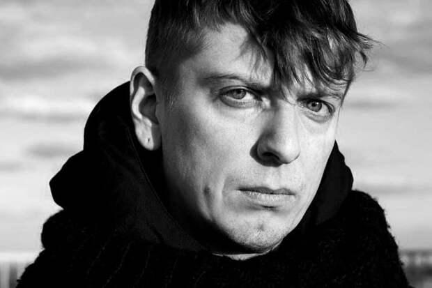 Актер «Полицейского с Рублевки» Ростислав Гулбис умер в 32 года