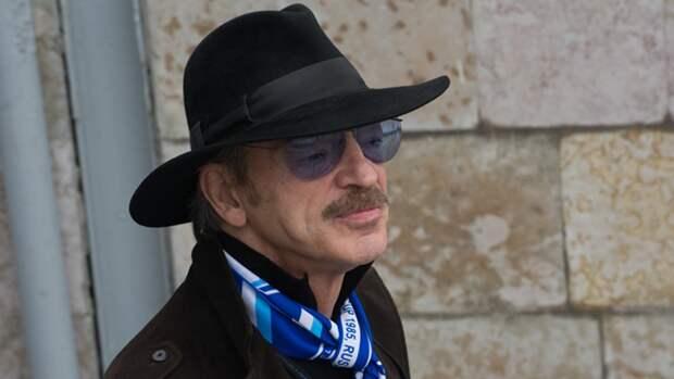 Михаил Боярский публично съест шляпу в случае победы сборной России на Евро
