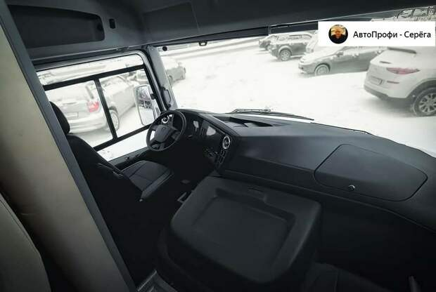 """На таком хоть на море"" Посмотрел автодом от ГАЗа на основе ПАЗика, был приятно удивлен, но цена кусается"