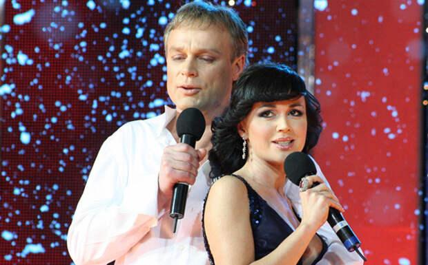 Анастасия Заворотнюк и Сергей Жигунов. / Фото: www.cosmopolitan.ru