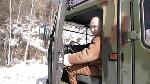 """""""Только не показывайте Байдену"""": журналисты показали запрещённое видео с Путиным"""