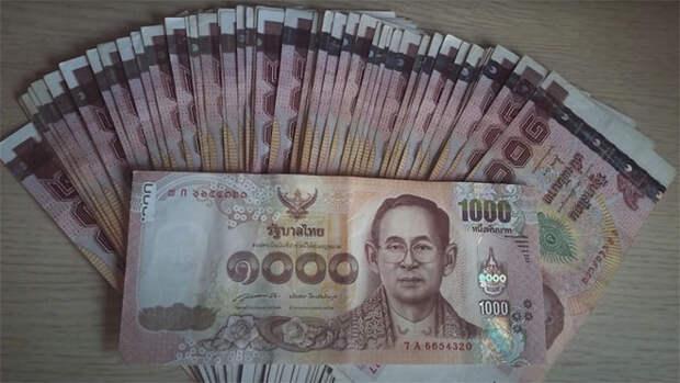Бездомный нашел бумажник миллионера и ничего не взял. В качестве благодарности он получил работу и жилье