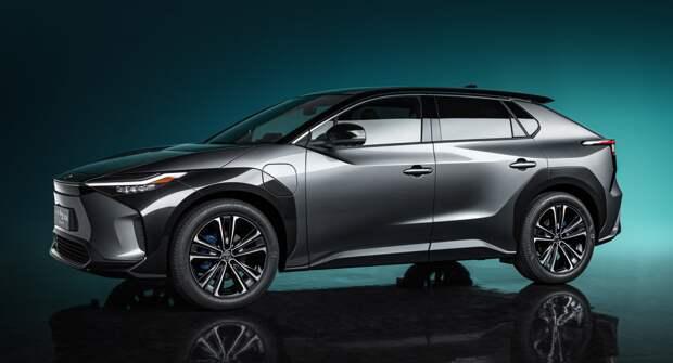 Toyota занимается разработкой трех видов батарей одновременно