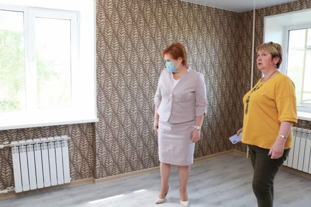 Елена Сорокина осмотрела жильё для детей-сирот