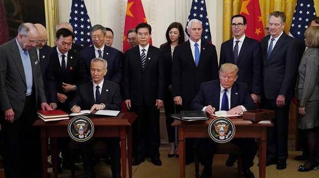 США и Китай видят прогресс по первой фазе торговой сделки