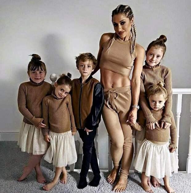 Однажды 100-килограммовая мать 5 детей не смогла смотреть на себя в зеркало. Взгляни на эту красотку сейчас!